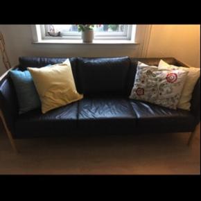 Næsten ny sofa  Skal af med den, så du kan afhente den for 2500kr eller byd
