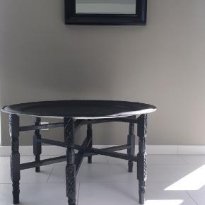 Super smukke Tine K Home bakkeborde - har 2 stk - jeg har malet bakkerne sorte🌱  Byd venligst