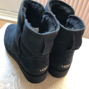 Ugg støvler modellen Kristin slim - virkelig lækker støvle i god kvalitet 😊