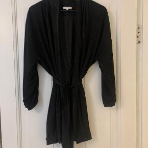 Hosbjerg kimono
