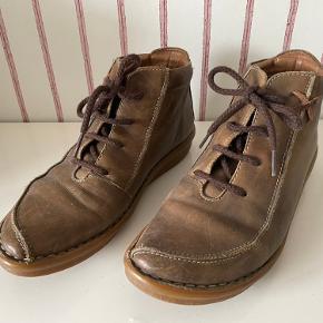 Pikolinos støvler