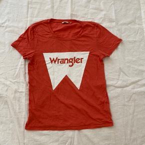 Wrangler T-shirt med ingen tegn på slid
