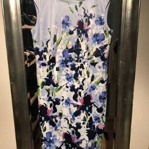Debut kjole