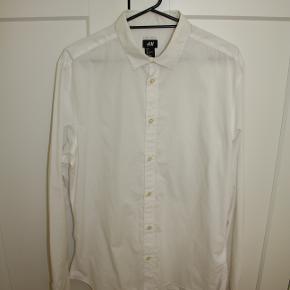 Hvid skjorte fra H&M