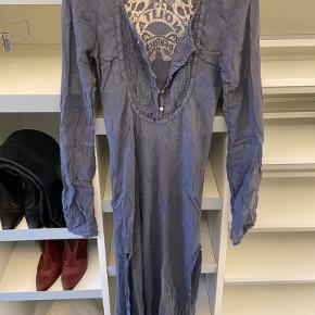Nolita kjole