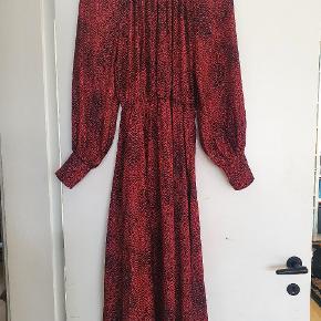 Louche kjole