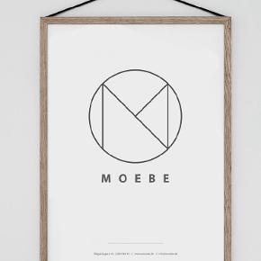 A4 ramme fra Moebe, købt hos Dora. Jeg har to stk 😊 Kan sendes, eller afhentes på Nørrebro.