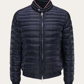 Helt ny stilet jakke, fejler intet! 😎