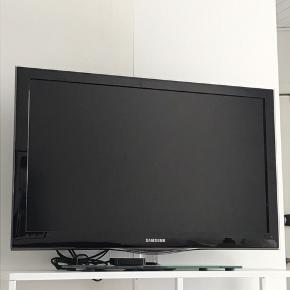 """37"""" Samsung tv Tænder nogle gange igen lige efter man slukker det, men så skal det vare slukkes igen"""