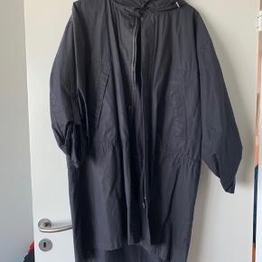 COS size 48, ideal summer trench coat