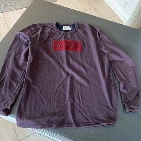 Lækker sweater. Ingen slid. Farven er svarende til billede 2.