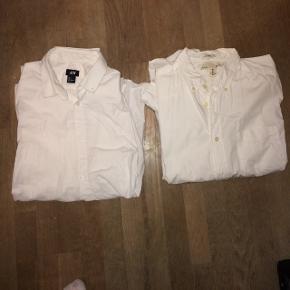 2 hvide skjorter fra H&m 100 kr inklusiv