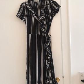 BY HOUNd kjole