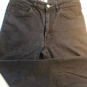 Acne Jeans 31/32 Højtaljede  Model Needle