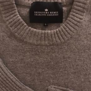 Designers Remix Collection sweater