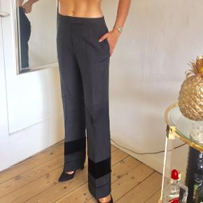 Sælger disse flotte bukser fra det italienske mærke 'Ter et bantine'.