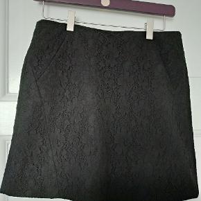 Maje nederdel