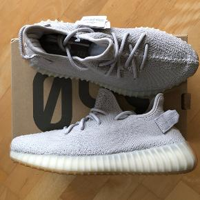Brand new yeezy boost 350 v2 sesame. Comes with original box and tags attached. Deadstock Mp 2100