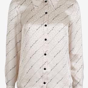 Beige Baum silke skjorte Str.38 Ingen fejl Sender med dao Handler via mobilpay