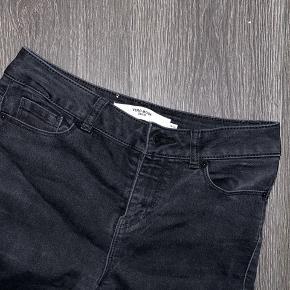 Flotte stramme sorte jeans str xs brugt få hange