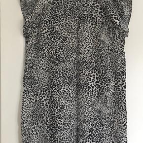 Sara' kjole