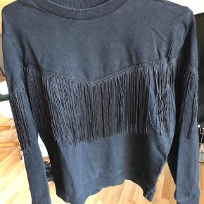 Flot sweater fra moves by minimum med frynser. Str. M