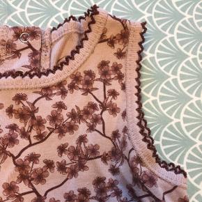 Skøn blød kjole - er som ny.