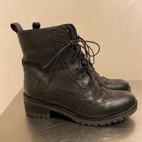KIOMI støvler