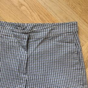 Flotte ternet bukser, kun brugt få gange
