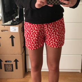 Helt nye shorts fra Envii, aldrig brugt.