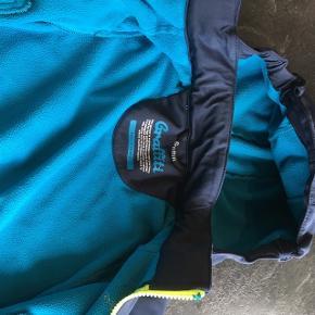 Softshell jakke fra graffiti - Super fin overgangsjakke med blødt for - str. 4