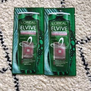 2 travel size shampooer