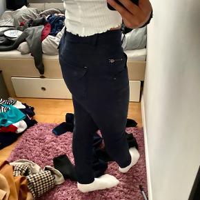 Super fine bukser som sidder rigtig godt