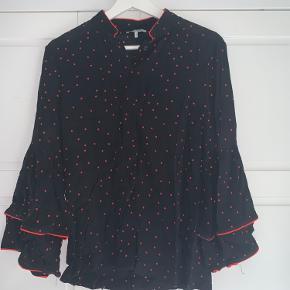 Cool skjorte fra Ganni