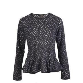 Sælger denne bluse fra Stine Goya i str xs, den er brugt et par gange, men i super god stand. Nypris var 900-1000 kr, byd!!💕💕