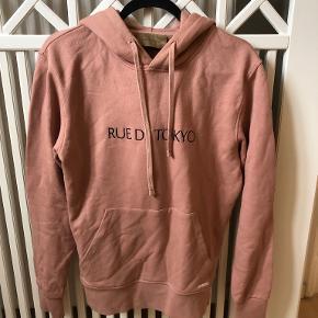Rue De Tokyo sweater