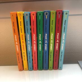 """Serien """"Pigerne på sporet""""  Til børn mellem 9-13 år Sælges ikke enkeltvis  400kr for alle 9 bøger.  Nypris pr bog er 99kr"""