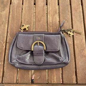 Friis & Company clutch
