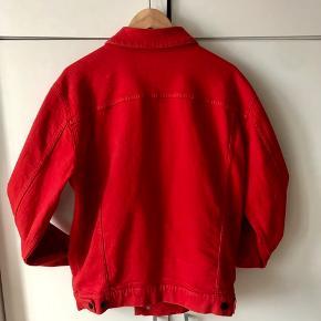 Lækker frisk, ren og ny købt Tiger Of Sweden denim-jakke!  - Ny pris 1500 DKK