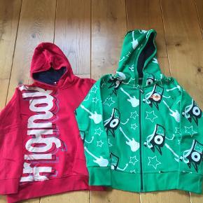 Brand: Name It, Bjørkvin Varetype: 2 nye trøjer  Oprindelig købspris: 600 kr. Kvittering haves.  Den røde er brugt een gang og dermed blev vasket, den grønne er helt ny. Sælges for 150+ for begge 2, sender med DAO.