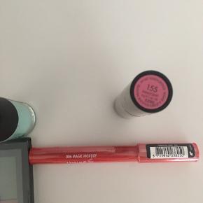 Nyt og uåbnet  - samlet pakke fra GOSH🛍 Læbestift Lip shine Neglelak Øjenskygge  Se billeder for farver🌸