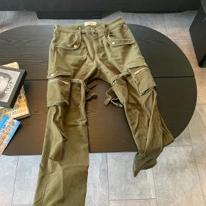 Ruben Koné bukser