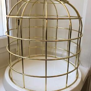 """""""Fuglebur"""" (pyntegenstand) fra Seletti.  Højde: 36 cm Diameter: 34 cm  Sælges afhentet nær Forum St. og Søpavillonen 🌸"""