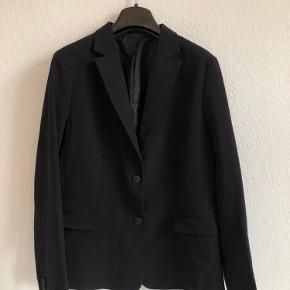 Uniqlo blazer