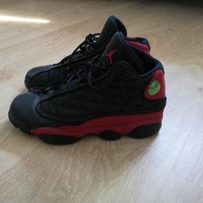 """Nike Air Jordan 13 """"bred""""  Købt for 1050 kr"""