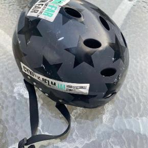 Hjelm & cykeltilbehør
