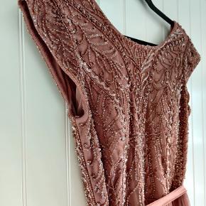 Lilly kjole