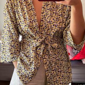 Frakment kimono