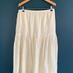 Tine K kjole eller nederdel