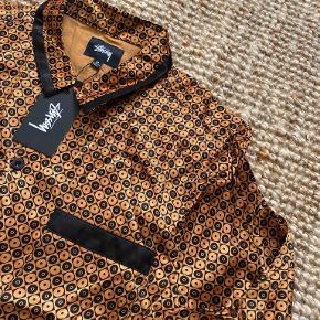 Stussy skjorte
